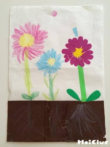 お花を描いた絵の写真