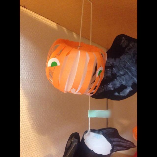 【アプリ投稿】0歳児〜ハロウィンの製作(かぼちゃのおばけ)