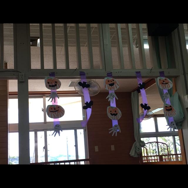 【アプリ投稿】2歳児(手形)ハロウィン飾り