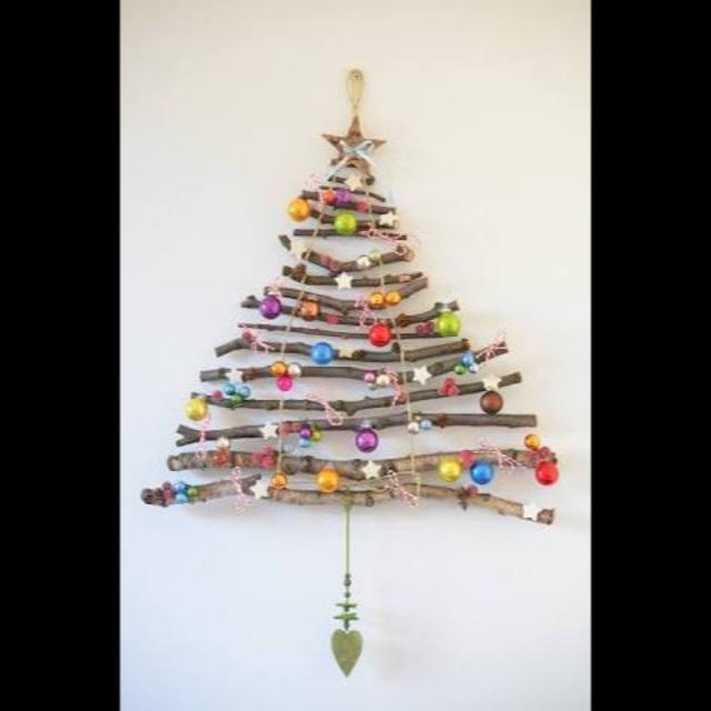 【アプリ投稿】木の枝deクリスマスツリー