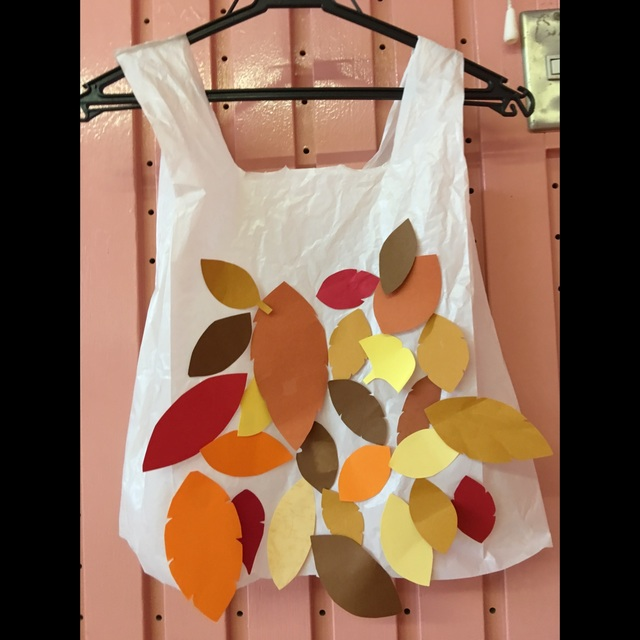 【アプリ投稿】【落ち葉のドレス】