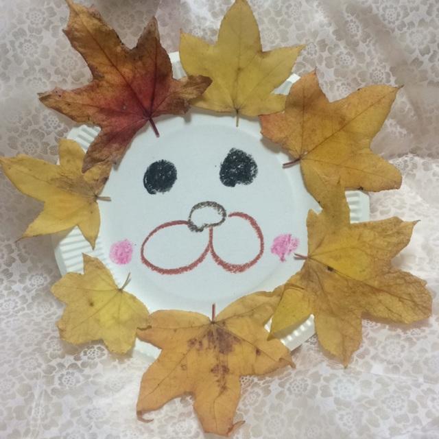 【アプリ投稿】落ち葉で紙皿動物
