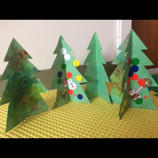【アプリ投稿】【立体クリスマスツリー 】