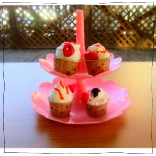 【アプリ投稿】紙粘土 でカップケーキ