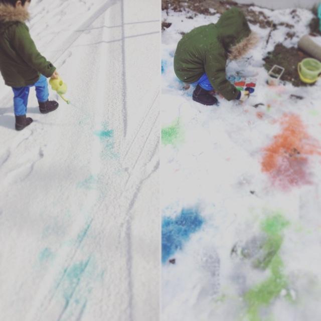 【アプリ投稿】*3歳*雪の上でお絵描き☃️
