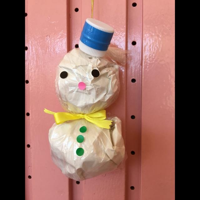【アプリ投稿】【丸めた紙の雪だるま】