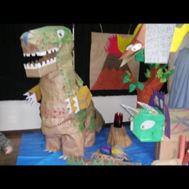 【アプリ投稿】恐竜製作
