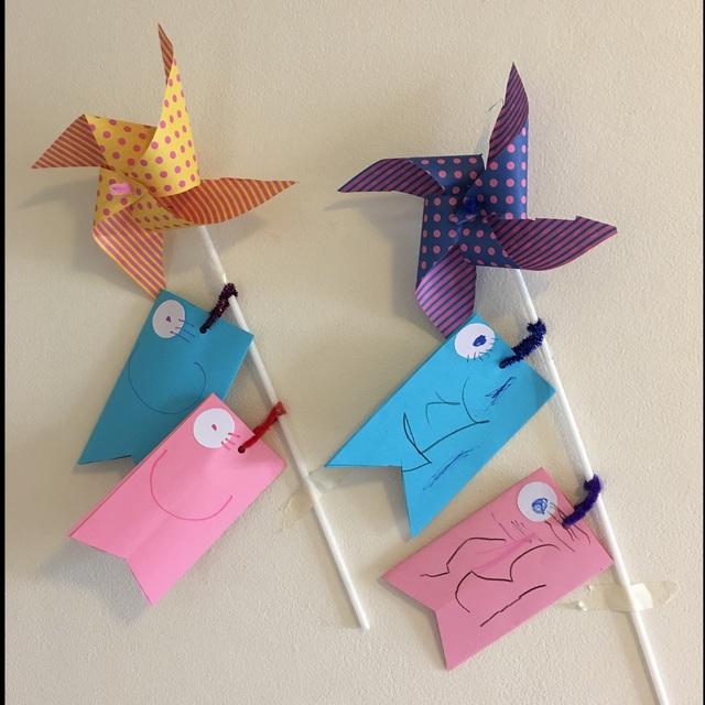 【アプリ投稿】折り紙で作った風車。