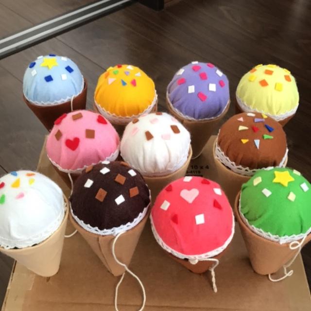 【アプリ投稿】ほいくる公式の★アイスクリームけん玉★をいろんなトッピングにしてみましたー٩( ᐛ )و♡♡♡