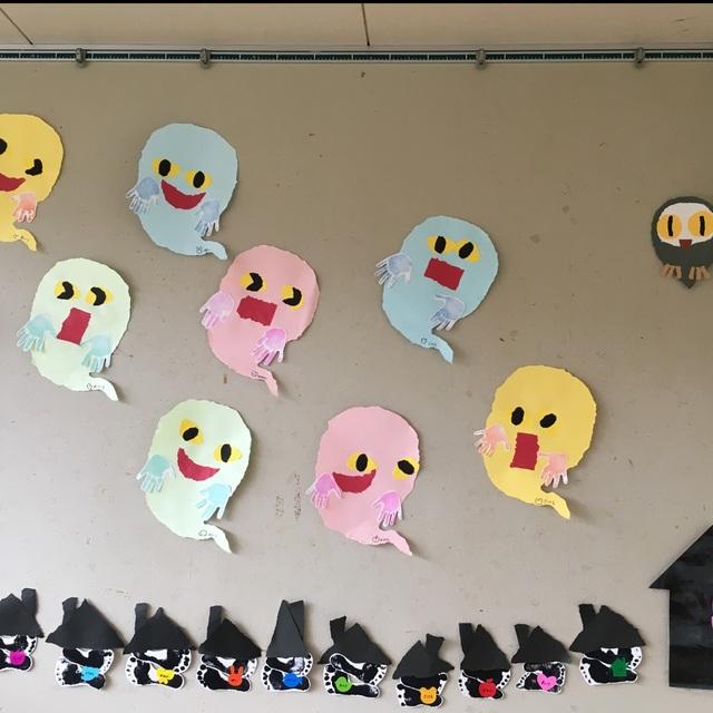 【アプリ投稿】2歳児 8月 壁面<おばけ>