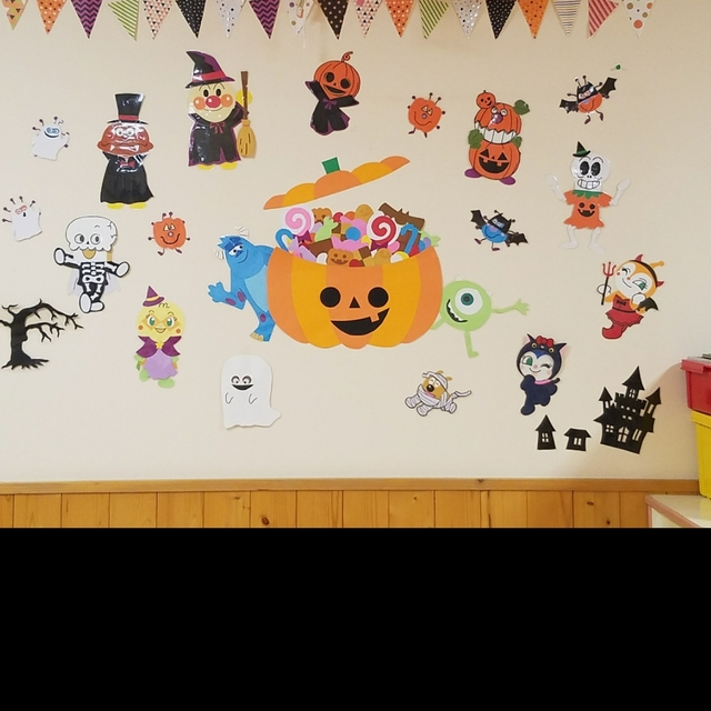 【アプリ投稿】ハロウィン壁面装飾