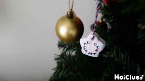 紙粘土オーナメント〜クリスマスにぴったりの季節の製作遊び〜