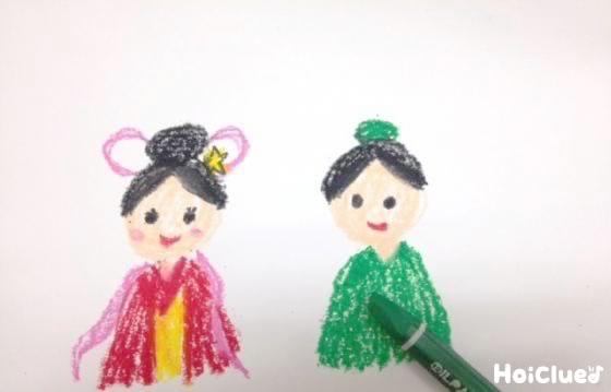 別の画用紙に織り姫と彦星の絵を描いた写真