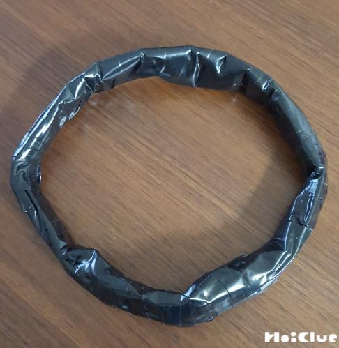 輪っかを作った写真