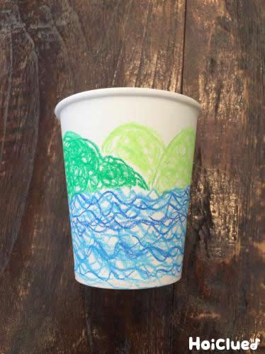 紙コップに絵を描いた写真
