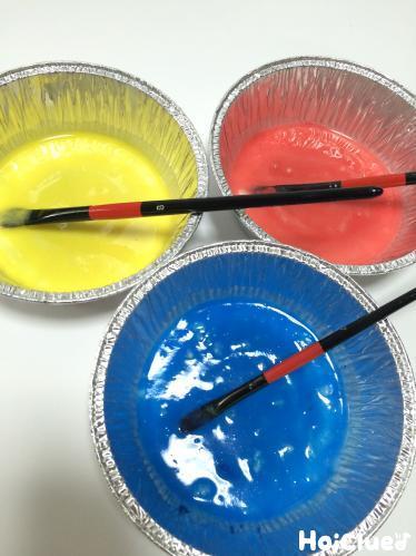 作って遊んで!小麦粉絵の具〜乳児さんから楽しめそうな、おもしろお絵描き遊び〜