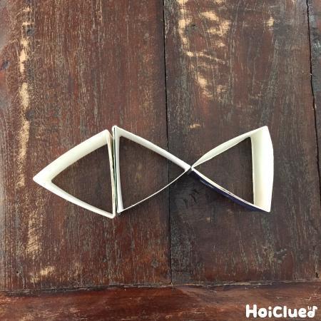 三角形をを並べて魚の形にした写真