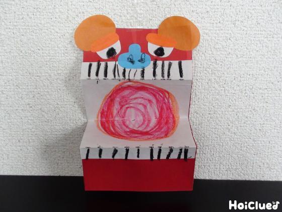 画用紙なのに立体的な獅子舞〜材料2つで楽しむお正月製作遊び〜