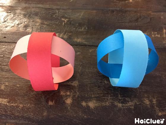 細い色画用紙で丸めて立体的なボールにした写真