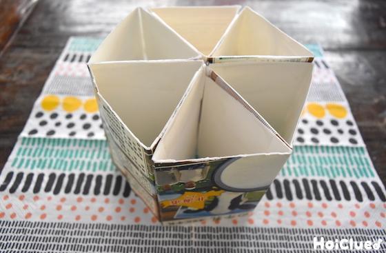 3角形にした牛乳パックを6個繋ぎ合わせた写真