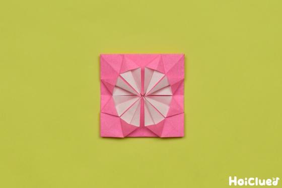 同様に全ての三角も開いて折った様子