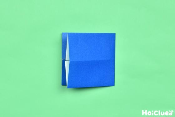 長方形を横半分に折った写真