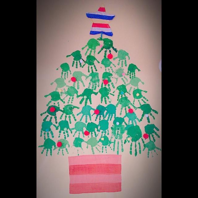 【アプリ投稿】手型アート【クリスマスツリー】