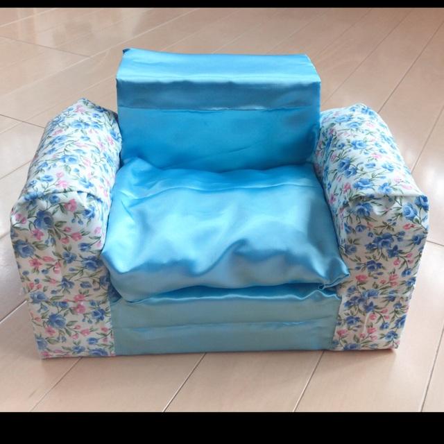 【アプリ投稿】牛乳パックの椅子