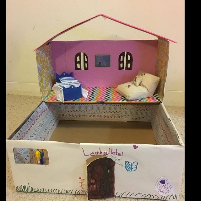 【アプリ投稿】靴箱のドールハウス