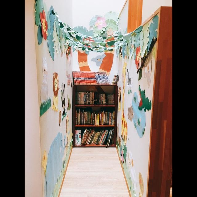 【アプリ投稿】図書コーナー