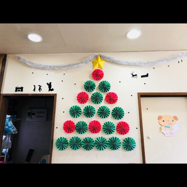 【アプリ投稿】<< クリスマスの飾り付け >>