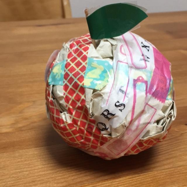【アプリ投稿】3歳 親子 紙コップでリンゴ