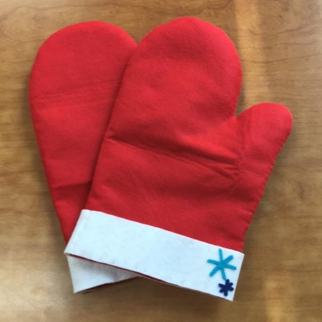 【アプリ投稿】劇「てぶくろ」のおじいさんの手袋
