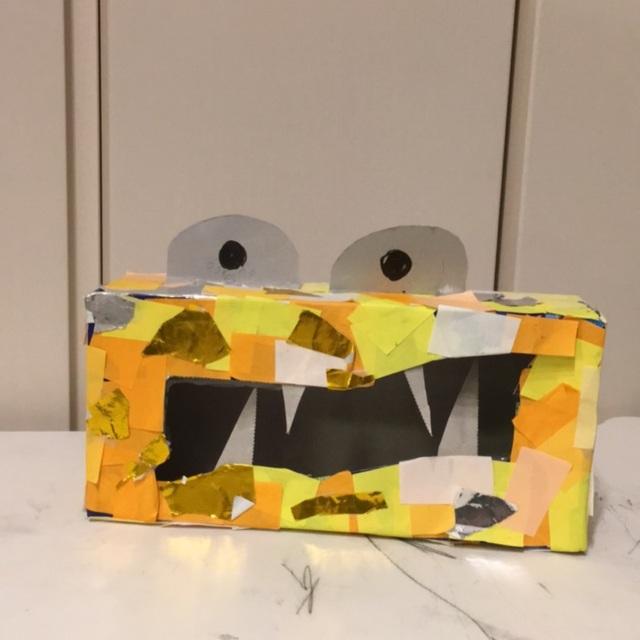 【アプリ投稿】ティッシュ箱と折り紙でモンスター