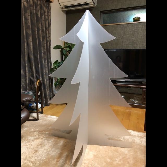 【アプリ投稿】養生プラダンでクリスマスツリー