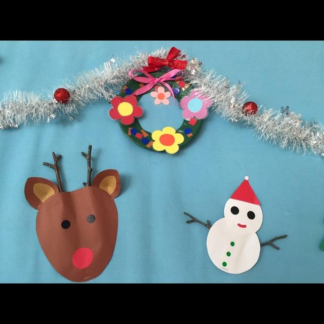 【アプリ投稿】小枝でトナカイさんと雪だるま