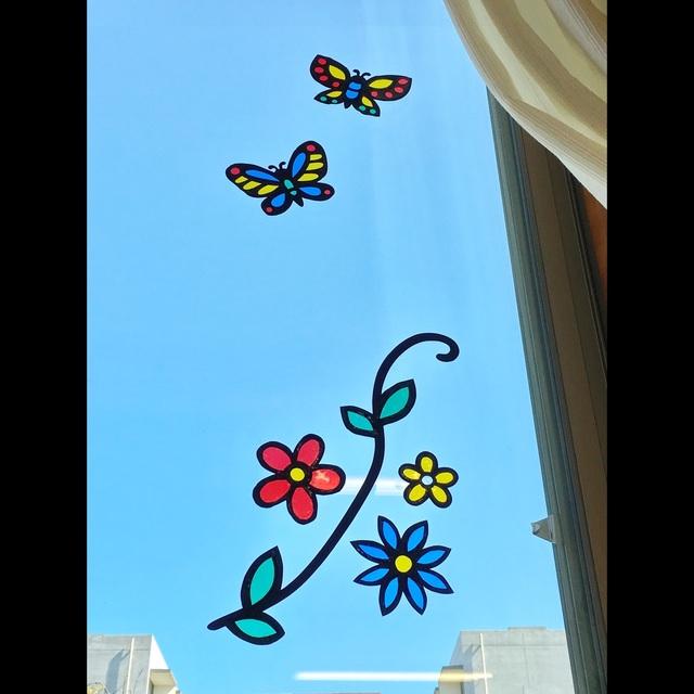 【アプリ投稿】【ステンドグラス風 窓壁面】