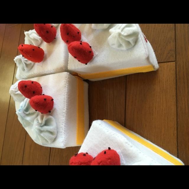 【アプリ投稿】【ケーキ】0.1歳児いちご取り外し可能