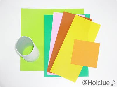 トイレットペーパーの芯、色画用紙、折り紙の写真