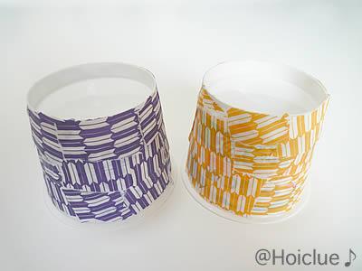 千代紙をカップに貼り付けた写真