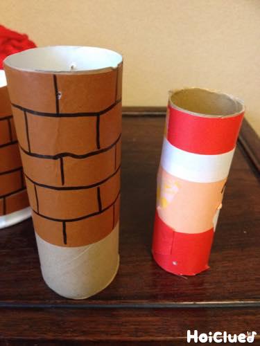 トイレットペーパーの芯で作った煙突とサンタの写真