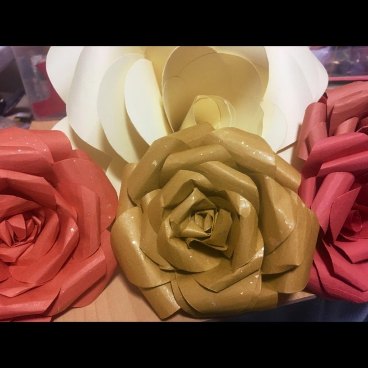 【アプリ投稿】薔薇のコサージュ