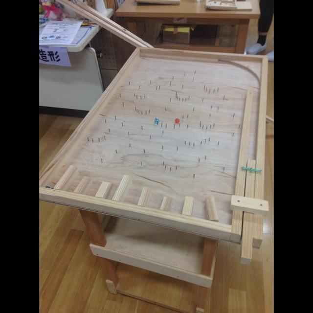 【アプリ投稿】木工教室「巨体パチンコ」