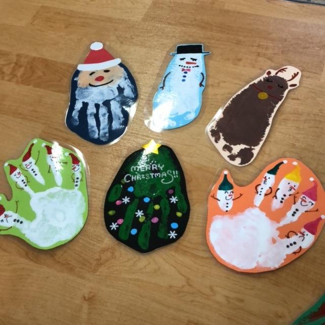 【アプリ投稿】クリスマス 手型足型アート