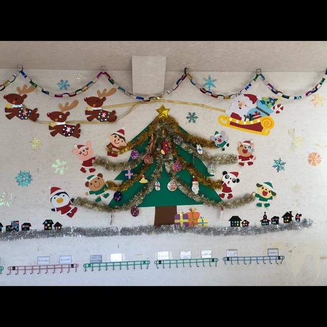 【アプリ投稿】壁面クリスマスツリー