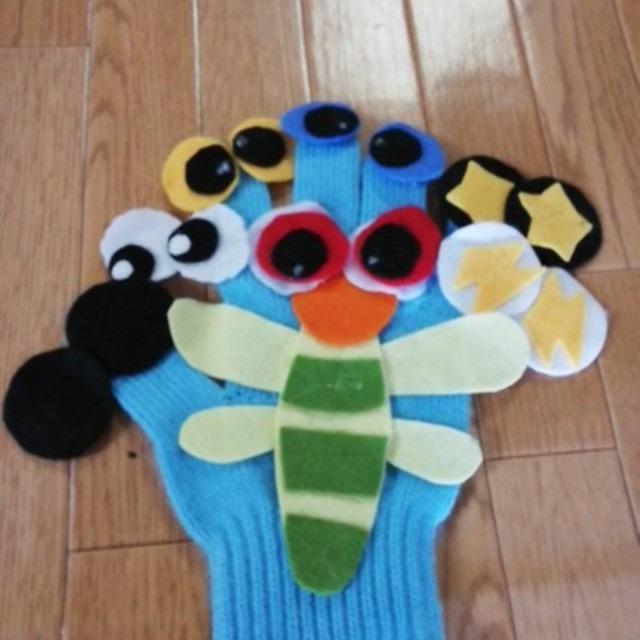 【アプリ投稿】トンボのメガネの手袋シアター