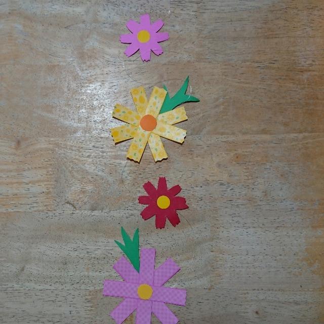 【アプリ投稿】秋の天井飾り、コスモスです☺️✨