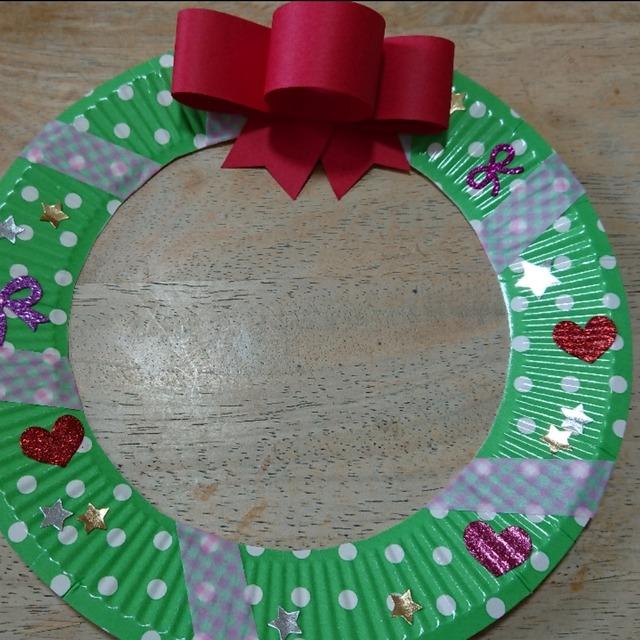 【アプリ投稿】紙皿でクリスマスリース