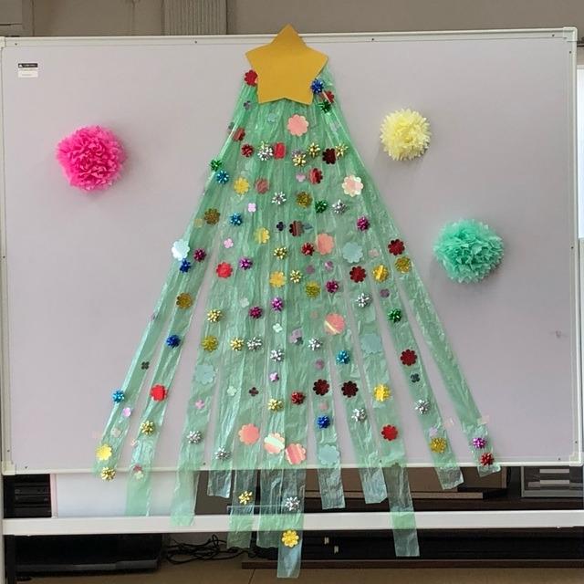 【アプリ投稿】【すずらんテープのクリスマスツリー】