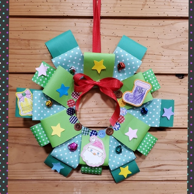 【アプリ投稿】クリスマスリース製作3歳児